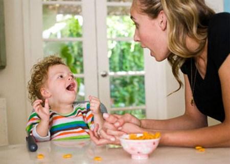 Đừng để ăn uống là cơn ác mộng của trẻ