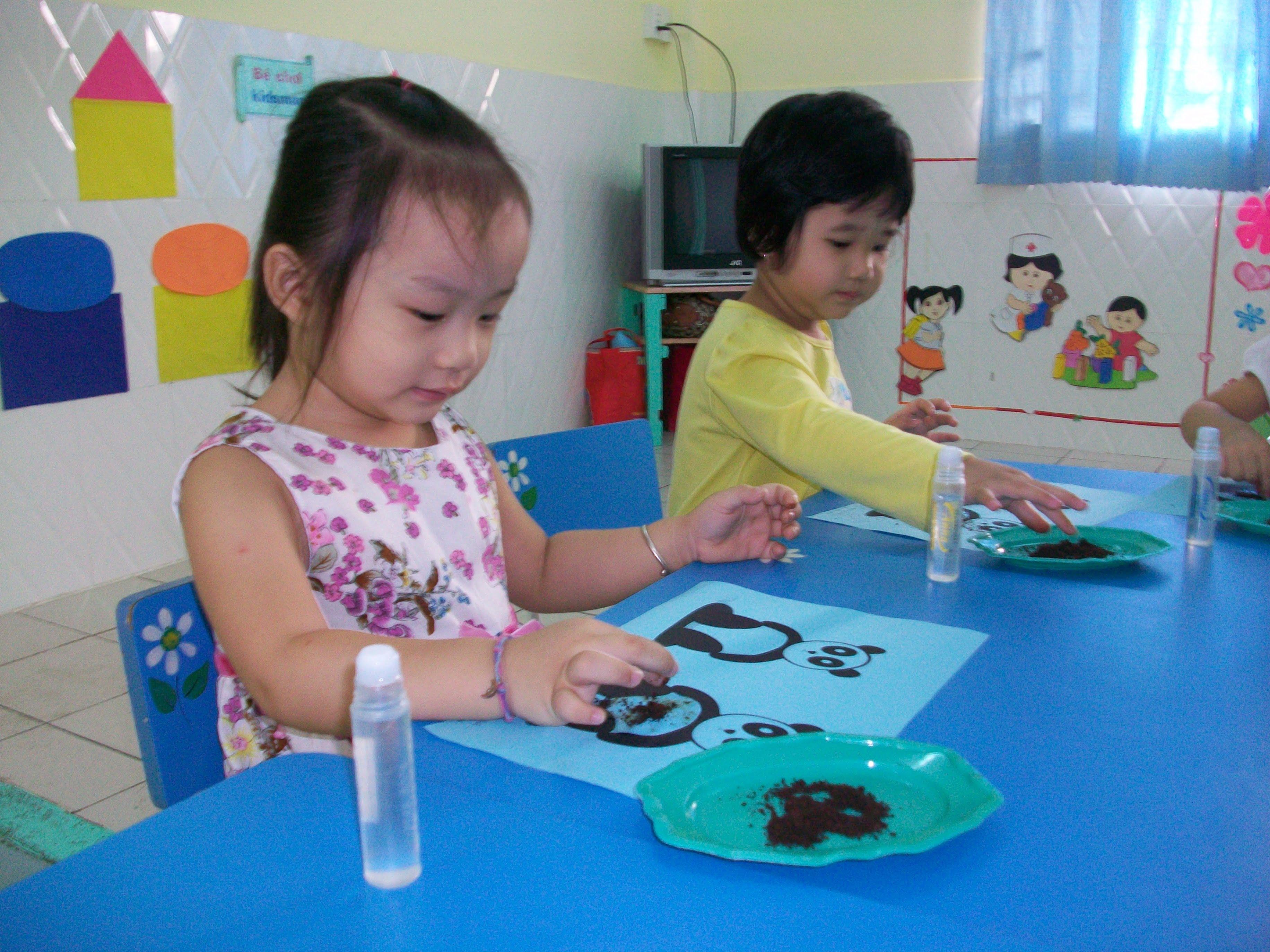 Hình ảnh học tập, vui chơi của các bé khối Mẫu giáo