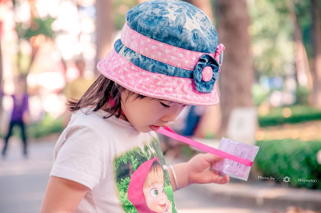 Hình ảnh bé tham gia chương trình dã ngoại của trường mầm non Họa Mi tháng 02/2015