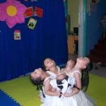 Chùm ảnh hoạt động chào mừng bé đến trường mầm non Họa Mi 2015