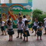 Trường mầm non Họa Mi: Thể dục buổi sáng – Hoạt động hè 2015