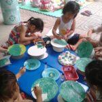 Các bé chuẩn bị cho lễ hội mừng ngày thành lập QDND VN 22/12 và Noel - Hình 7