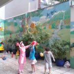 Hoạt động vui chơi ngoài trời của bé tại trường mầm non Họa Mi 12/2016 - Hình 2