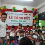 Hình ảnh lễ khen thưởng tại Trường mầm non Họa Mi năm học 2016-2017 (Hình 7)